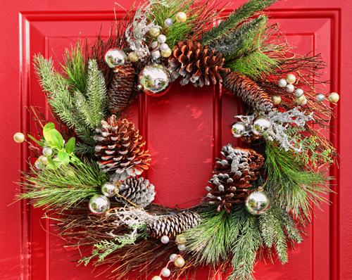 Holiday Countdown Door Wreath Inspiration