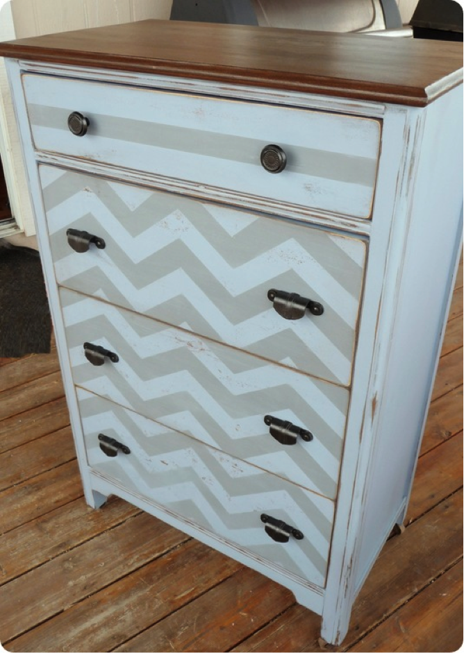 A Chevron Dresser Makeover from TwiceLovely.com